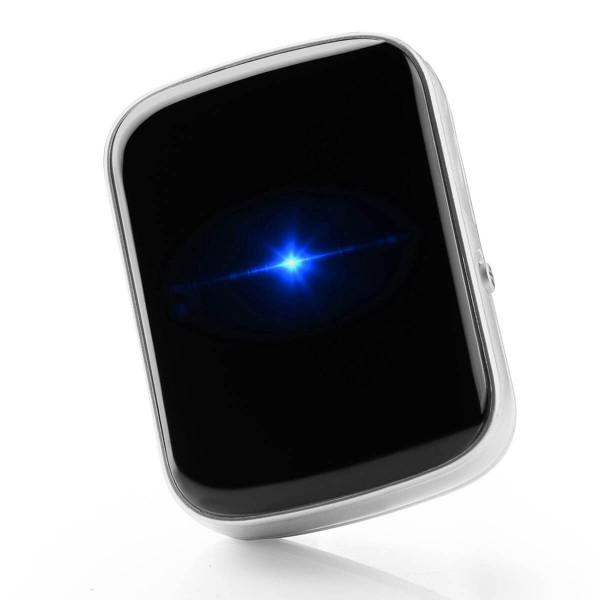 """REVIVA für Menschen mit Demenz – Vidimensio GPS-Tracker """"Small Stone"""" – Der unscheinbare Finder."""